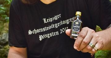 Hohenstein-Ernstthaler Original macht mit Aro Bekanntschaft
